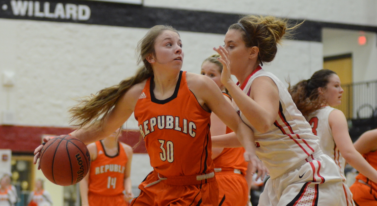 Stanfield Leads Lady Tigers On Ladwig's Record-Setting Night