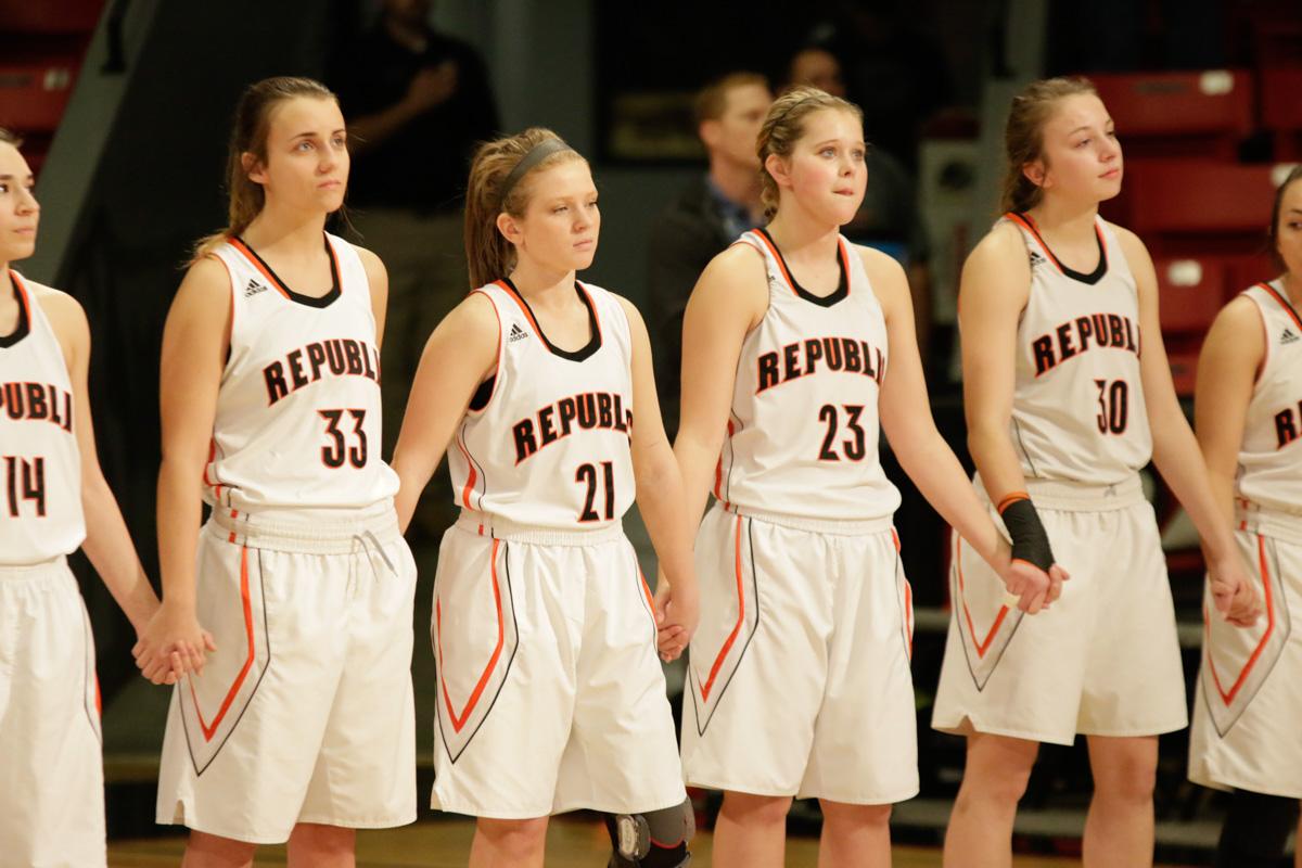 Photos: Varsity Girls Basketball (Sectionals)