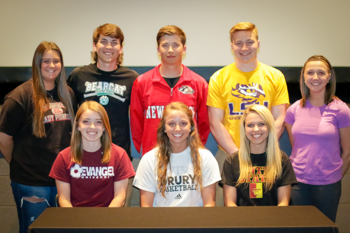 Eight Tigers & Lady Tigers Sign College Commitments