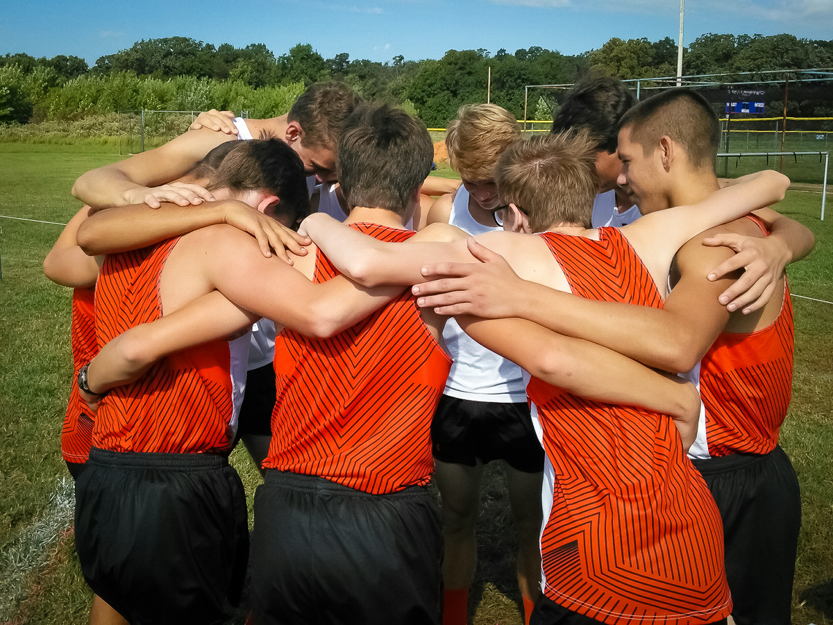 Cross Country Runs Strong At East Newton