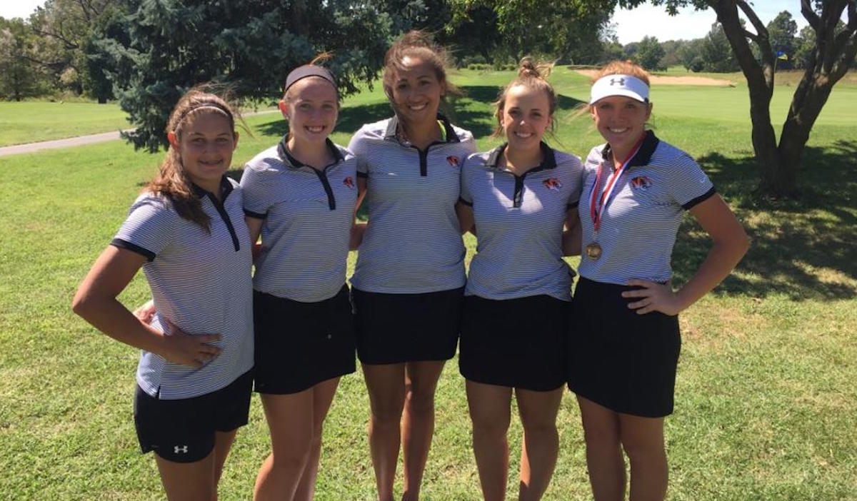 Lady Tigers Take 3rd At COC Golf Tournament