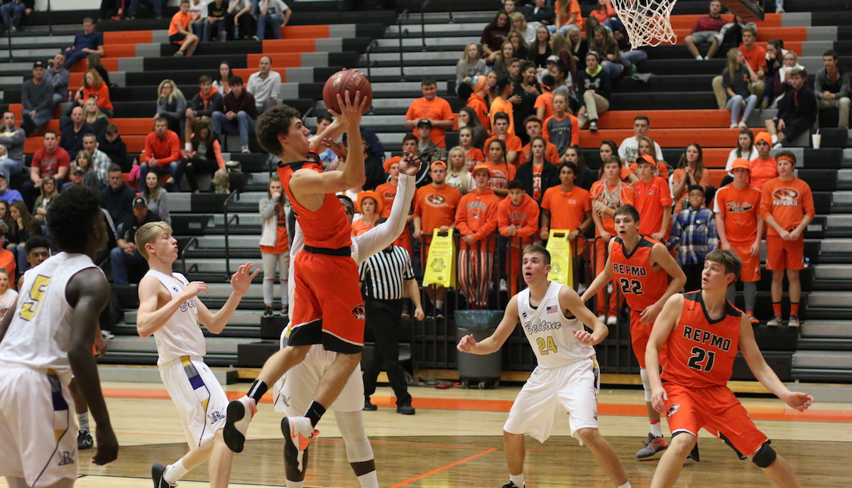 Rackley Slashes Pirate Defense To Lead Tigers