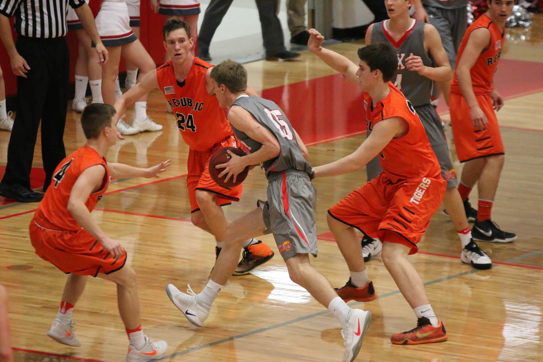Photos: JV Boys Basketball Vs Nixa