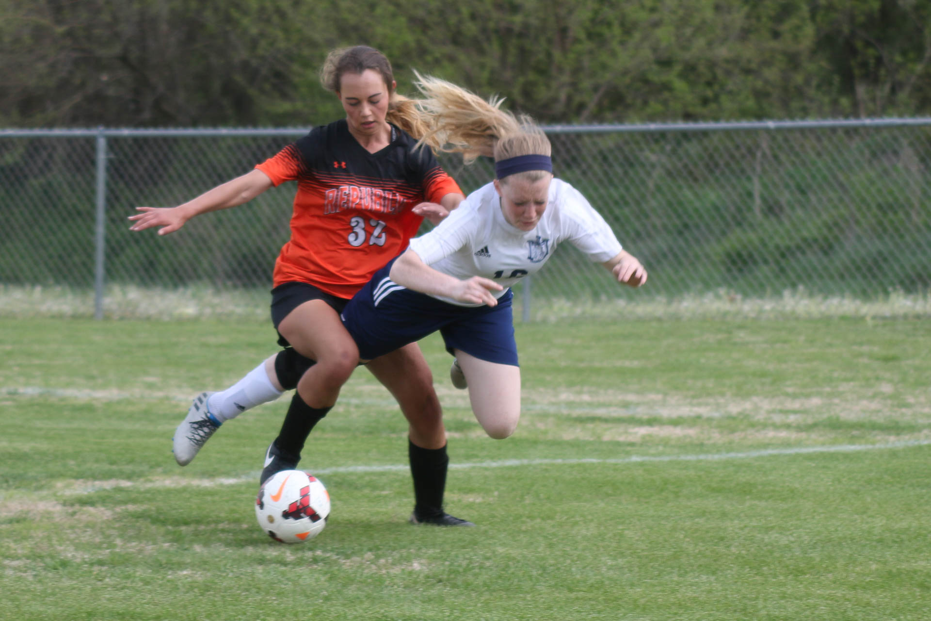 Oak Park's Quick-Strike 2nd Half Dooms Lady Tigers (Photos)