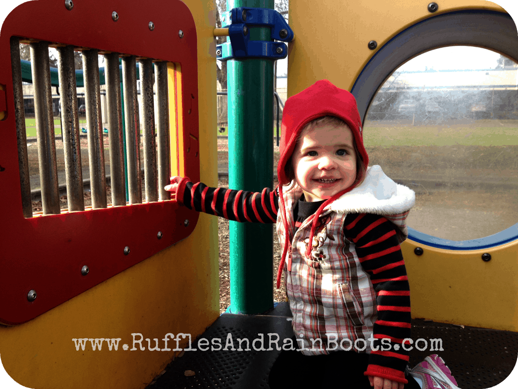 This is an awesome pic of an adorable girl on RufflesAndRainBoots.com