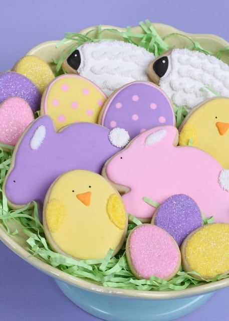 Shared at Ruffles and Rain Boots: From Glorious Treats - Easter Cookies