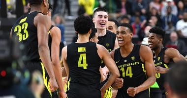 Surging Ducks hope to suffocate steady Wisconsin