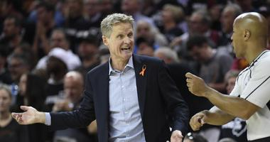 Steve Kerr calls into 'The Damon Bruce Show' live from his bathtub