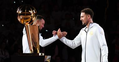 'Fake' Klay Thompson shows up for the Warriors opener