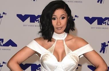 LOS ANGELES - AUGUST 27: Cardi B at the 2017 'MTV Video Music Awards' at The Forum on August 27, 2017 in Los Angeles, California.
