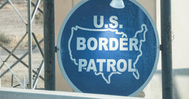 Border agent questions 2 women for speaking Spanish