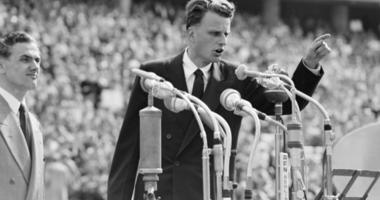 IN PHOTOS: The life and legacy of Rev. Billy Graham