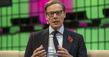Cambridge Analytica CEO suspended by board