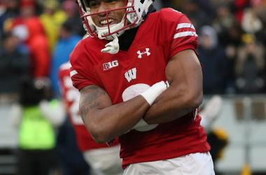Nov 18, 2017; Madison, WI, USA; Wisconsin Badgers wide receiver Kendric Pryor (3) is all smiles after scoring a touchdown against Michigan at Camp Randall Stadium