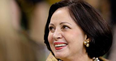 How will Gayle Benson run the Saints and Pelicans?