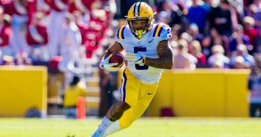 Big 2nd half helps LSU beat Arkansas 33-10