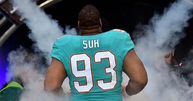 Jets now in on Suh sweepstakes