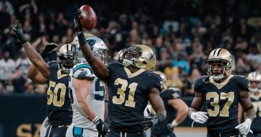 ec 3, 2017; New Orleans, LA, USA; New Orleans Saints cornerback Chris Banjo (31) celebrates after a defensive stop against the Carolina Panthers during the second quarter at the Mercedes-Benz Superdome.