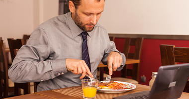 More folks seem to be dining alone in restaurants