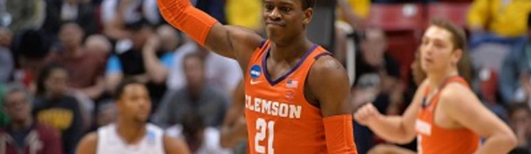 Clemson Blows Out Auburn 84-53