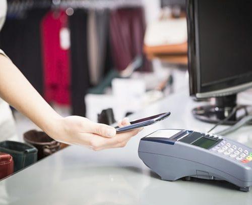 I pagamenti contactless sbarcano negli store OVS