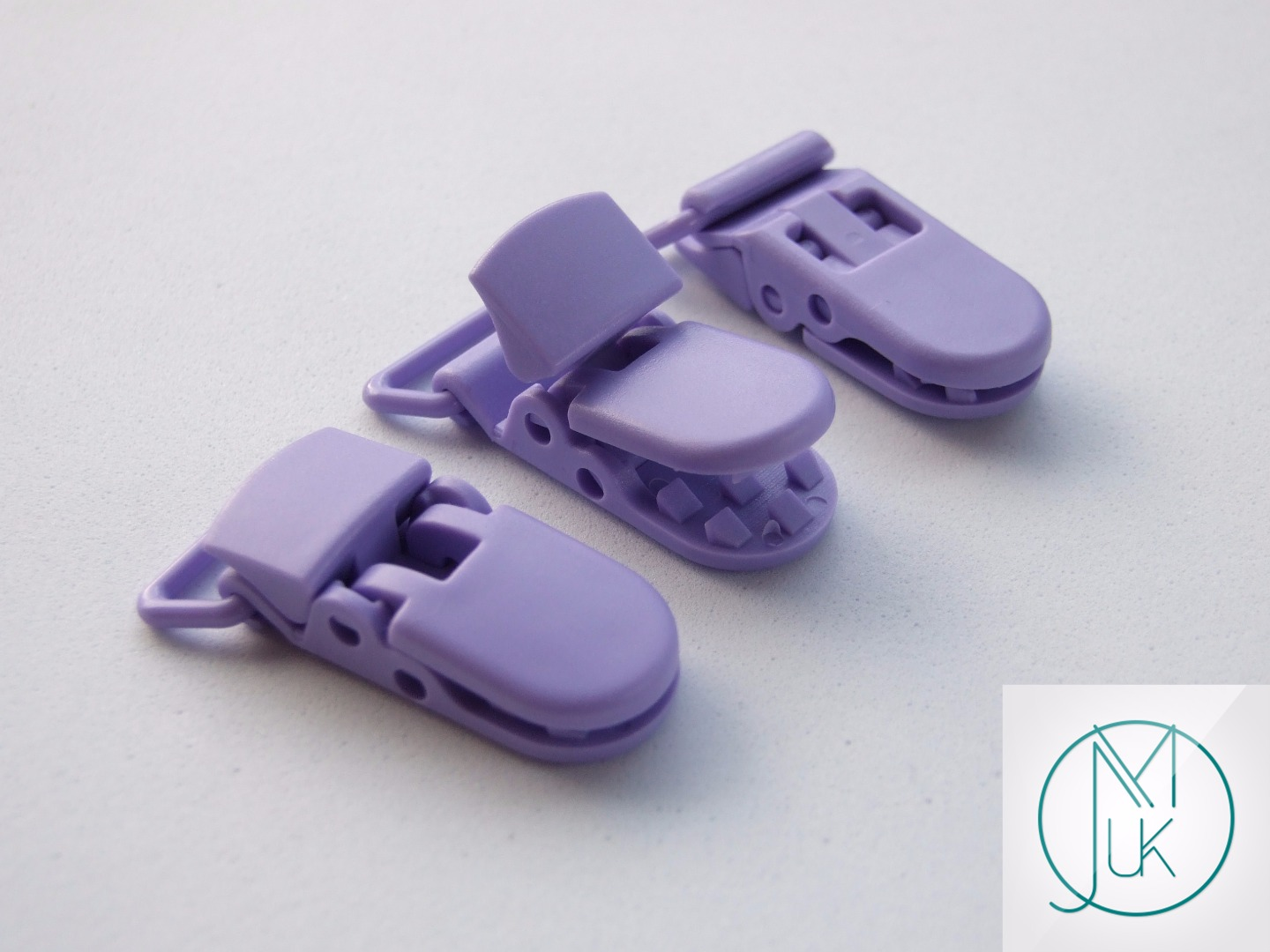 Plastic Pacifier Holder Clip for Teething Jewellery Making 10 Colors to Choose