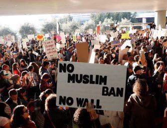 包括蘋果和 Google 在內的 97 家科技公司正式採取法律手段,控告穆斯林禁令