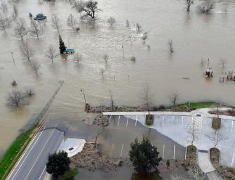 大水壩將潰堤!老天爺又下大雨~19萬人即撤離!
