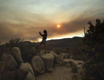 悠仙美地野火致使游客逃离户外旅游胜地