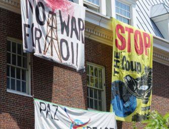 美国警方将马杜罗支持者驱离委内瑞拉大使馆