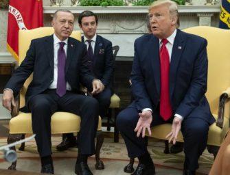 特朗普会见埃尔多安 谈论土耳其从莫斯科购买S-400导弹防御系统问题