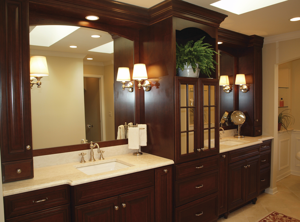Define His And Her Space In The Master Bath For Residential Pro