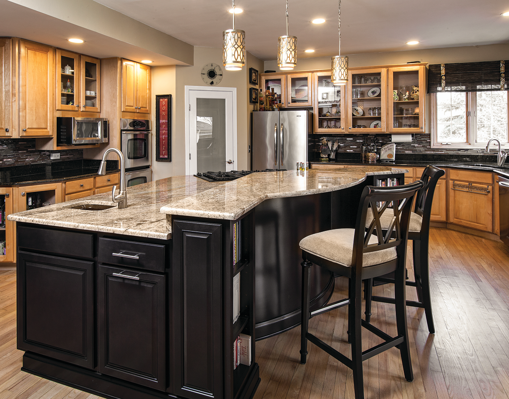 New gourmet island unifies this kitchen for residential pros for Gourmet kitchen island