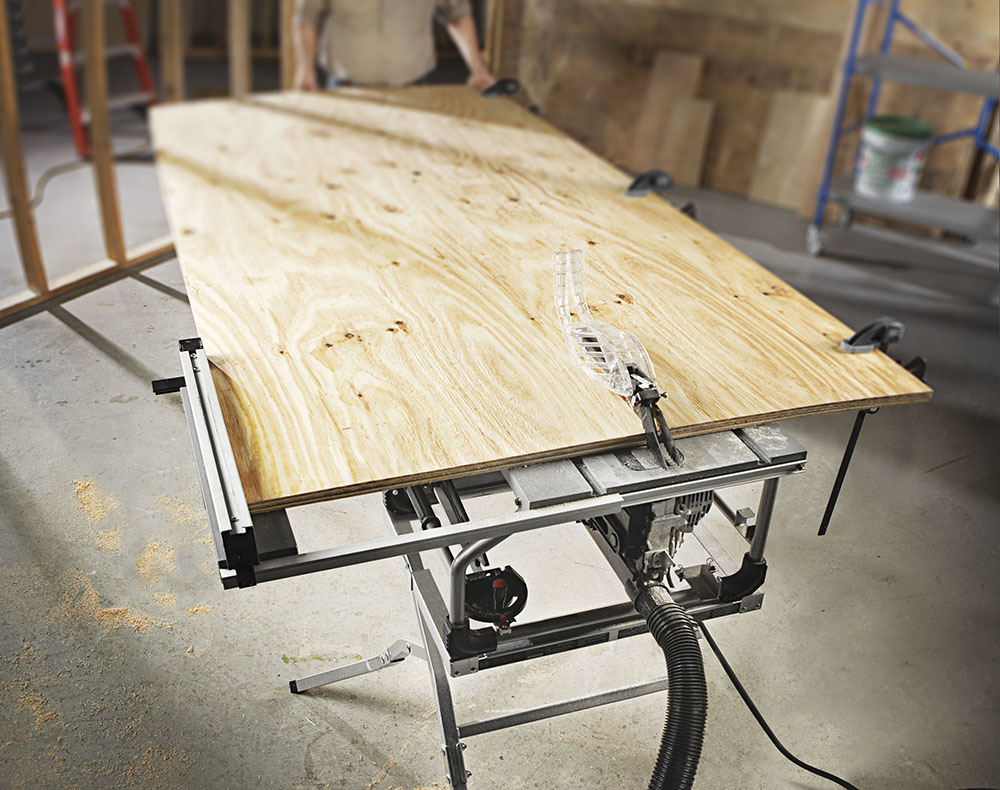 Portable Table Saw With Worm Drive Gearing For Residential Pro