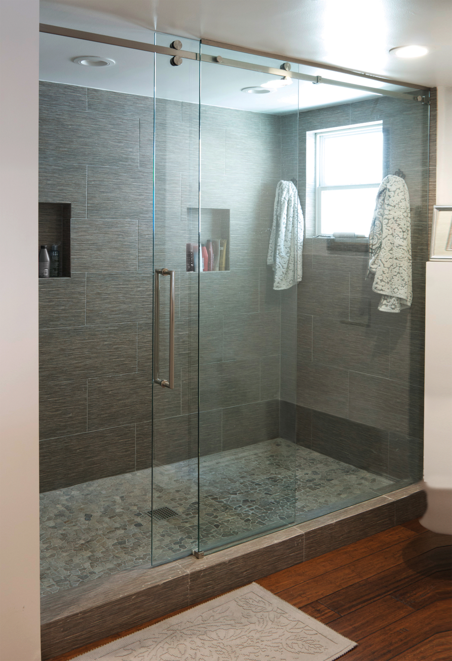 Senior Sliding Shower Door System For Residential Pros
