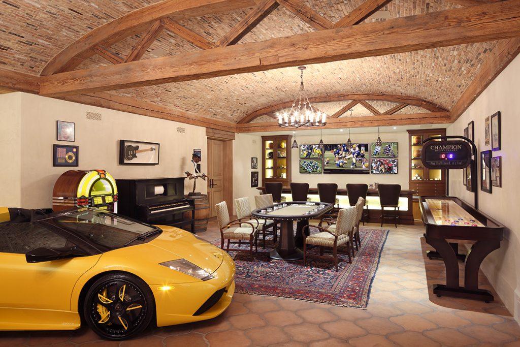 Garages a new profit center for k b pros kitchen bath for Garage nice centre