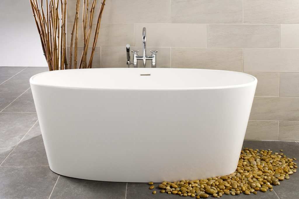 Oval Soaking Tub | For Residential Pros