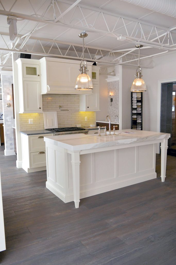 Two Working Kitchen Displays Incorporate An Array Of Products And Styles.  SHOW CAPTION HIDE CAPTION