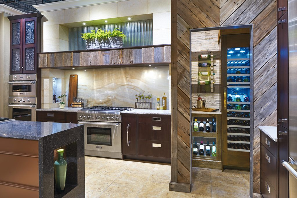 Edmond Kitchen And Bathu0027s Thermador Kitchen At Hahn Appliance Is Its  Front And Center Display, Featuring Design Elements Targeted Specifically  For The ...