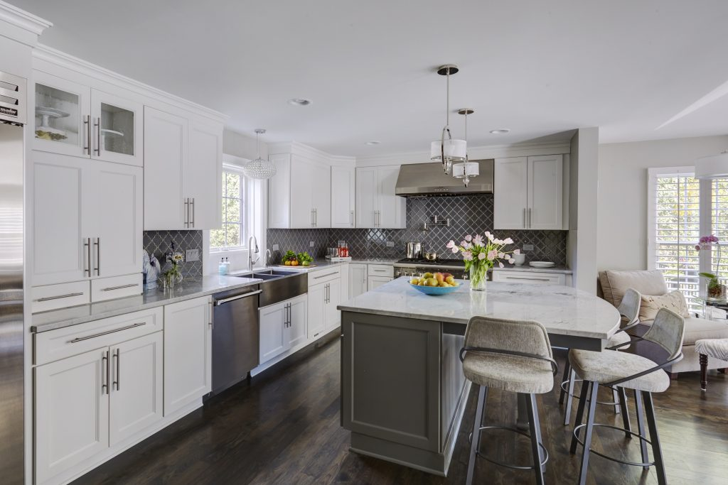 White cabinet choices kitchen bath design for Kitchen cabinet choices
