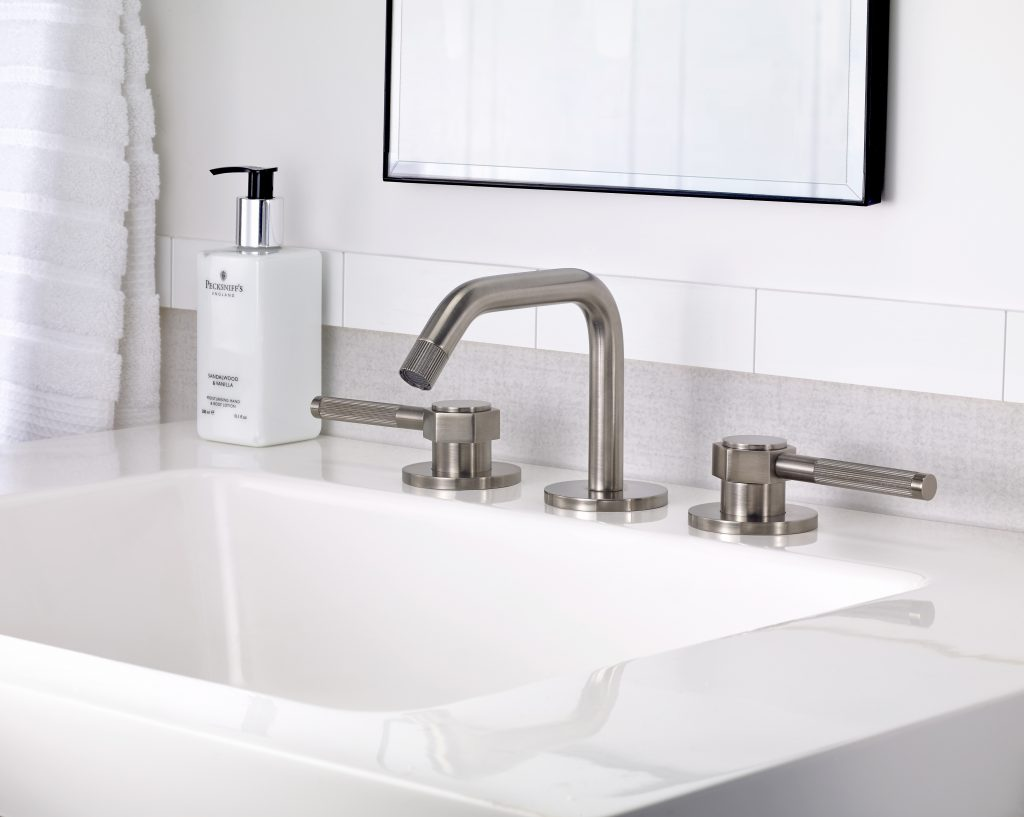 Steam Valve Lever Faucet | For Residential Pro