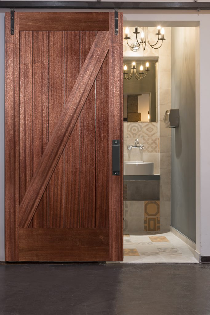 Meeting demand for barn doors hardware for residential pro for Barn door pictures