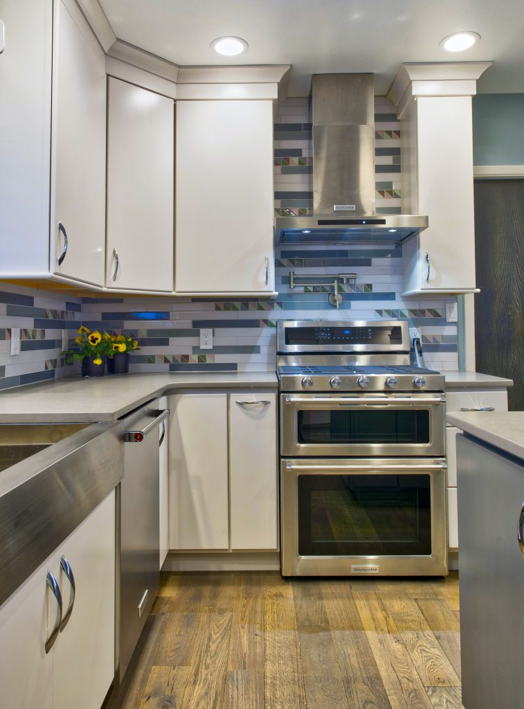 Corinne Danicki Believes That Gourmet Features Are About More Than  Appliances, As Showcased In This Kitchen Where Designers At The Kitchen  Source Included A ...