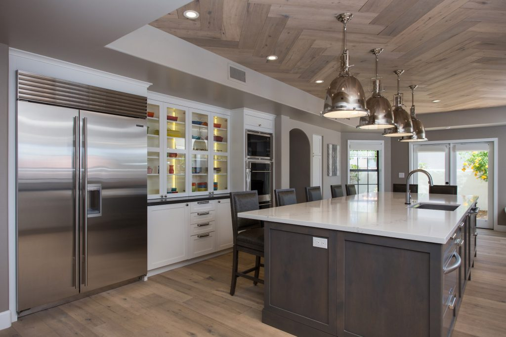 When Lorrie Hochuli Designed This Gourmet Kitchen, She Removed A Wall That  Divided The Kitchen And Family Room So The New Space Could Be Large Enough  ...
