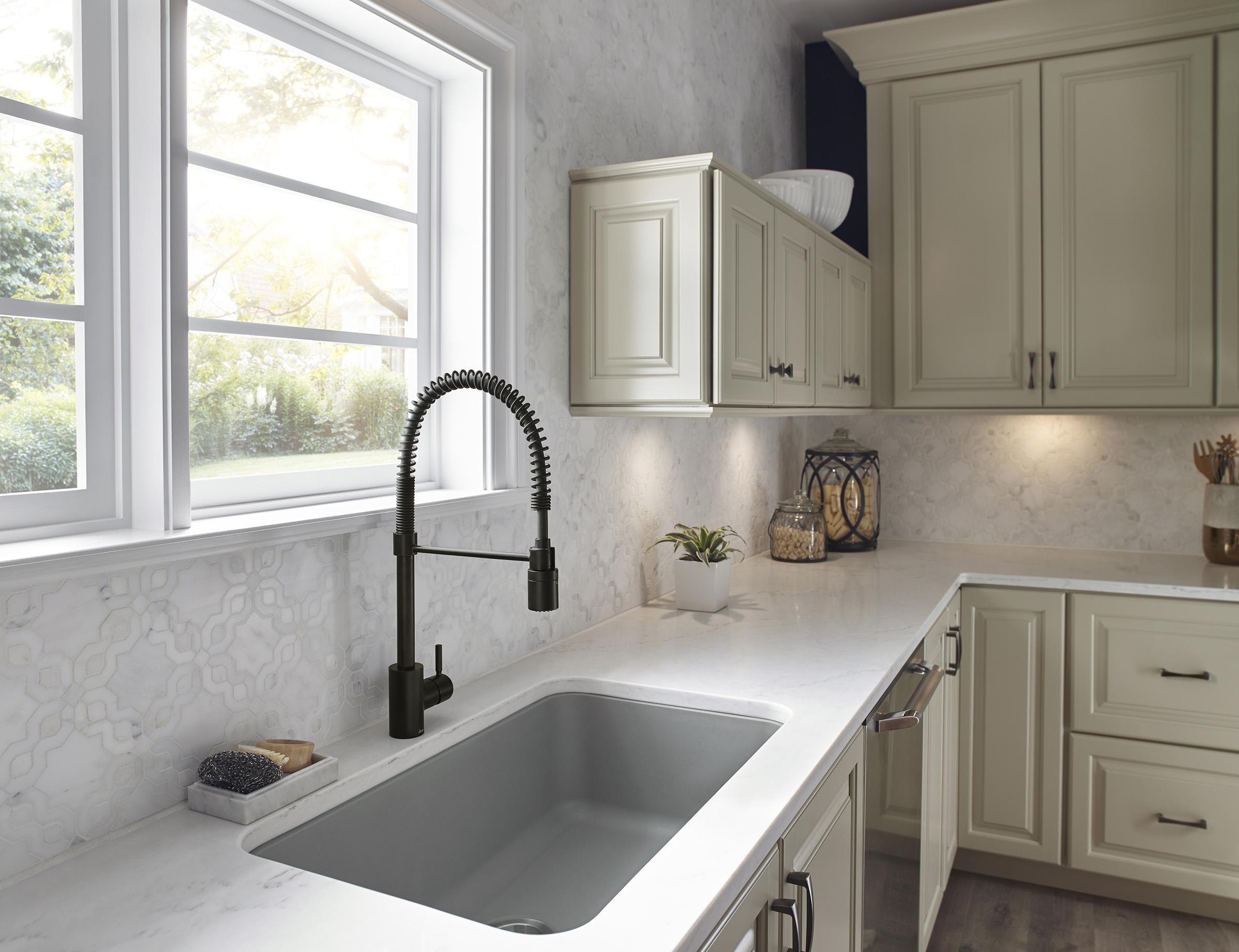 Foo Kitchen Faucet