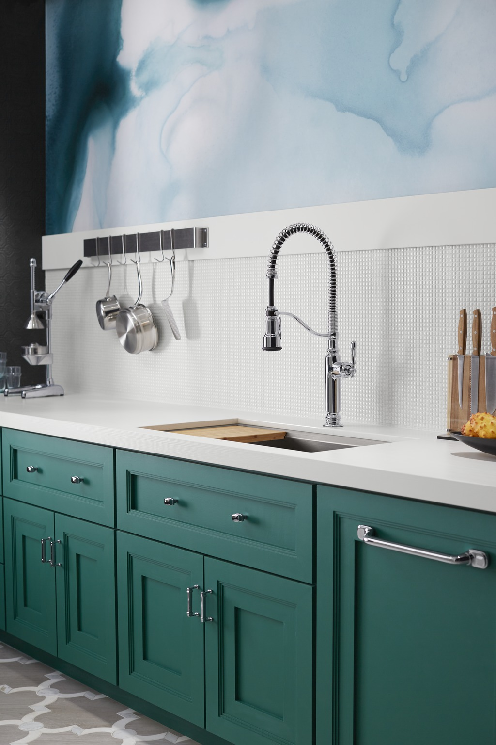 Tournant Kitchen Faucet | For Residential Pros