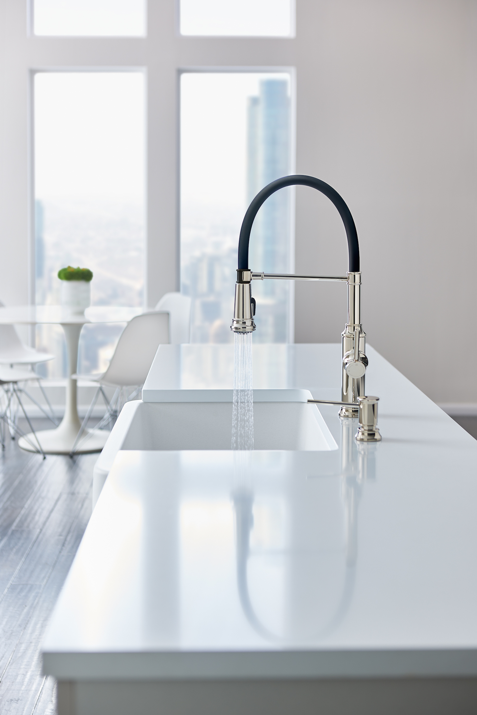 Empressa Kitchen Faucets | For Residential Pros
