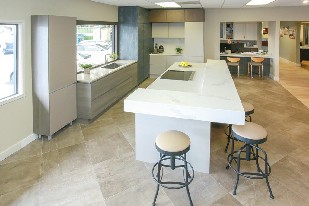 There Are Many Design Elements That Draw Clients To This Kitchen Display At E.W.  Kitchensu0027 Troy Showroom. First And Foremost Is The Round Island Constructed  ...