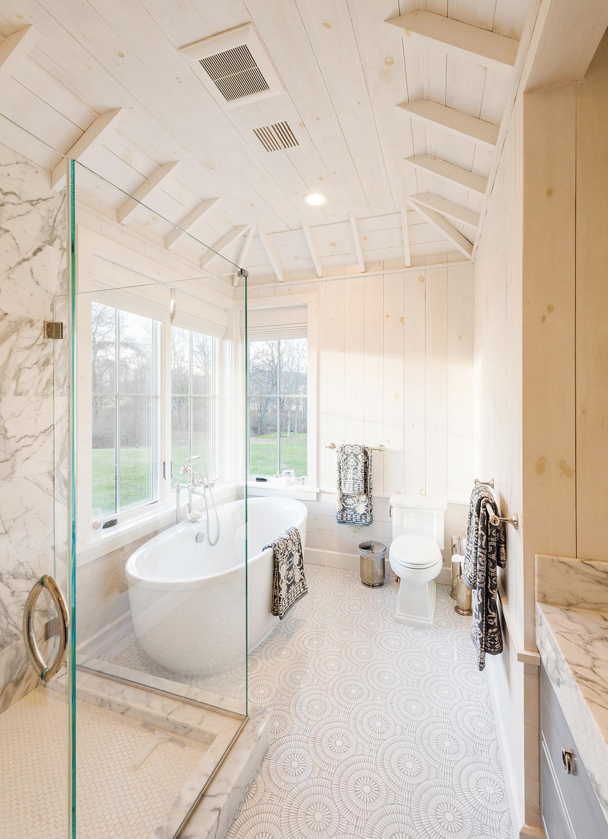 Master Bathrooms Under $50,000 - KBDA 2018 | Kitchen & Bath Design News