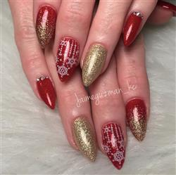 Jaime G. verified customer review of Winter Kingdom Collection (XL481 to XL485) - Set of 5 Nail Stamping Plates